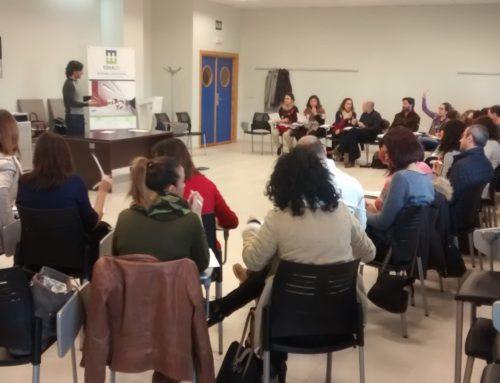Docentes de ESO y FP Básica participan en una nueva sesión de seguimiento del programa educativo Teenemprende