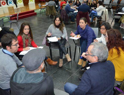 Docentes de Primaria y Bachillerato reciben formación en comunicación en los programas Junioremprende y Youthemprende