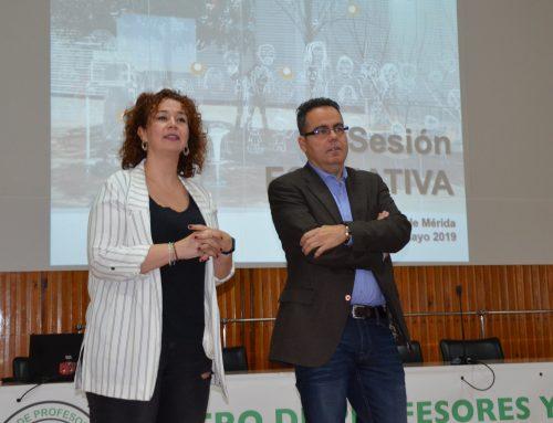 Docentes de Primaria, ESO y FP Básica se reúnen en Mérida para preparar los cierres de los programas de Cultura Emprendedora